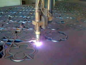 corte-plasma-corte-de-metal-12338-MEC20059202265_032014-O